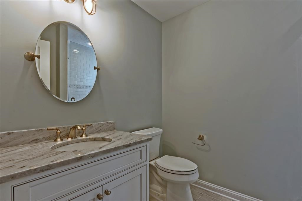 76 W 19th Street - Picture 5