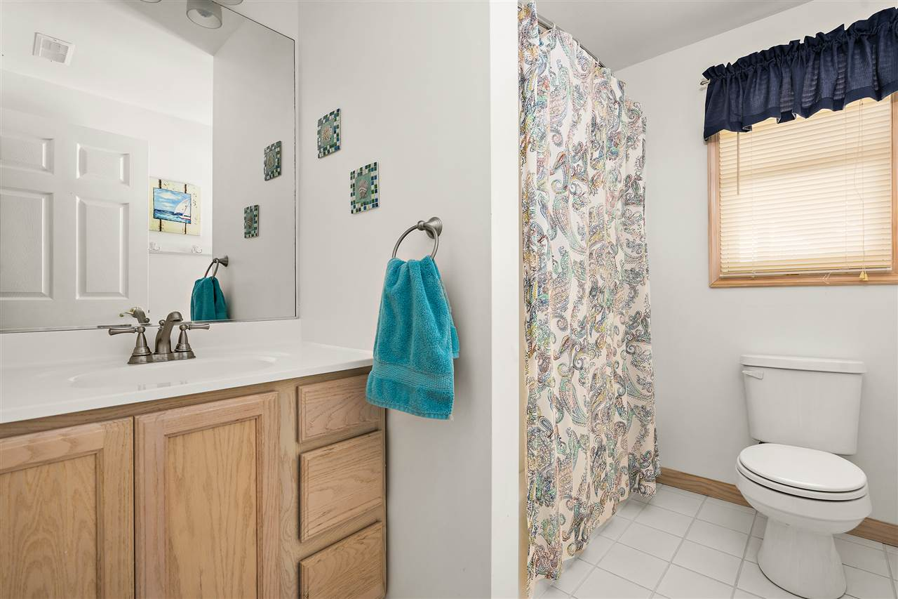 134 58th Street West Unit - Picture 14