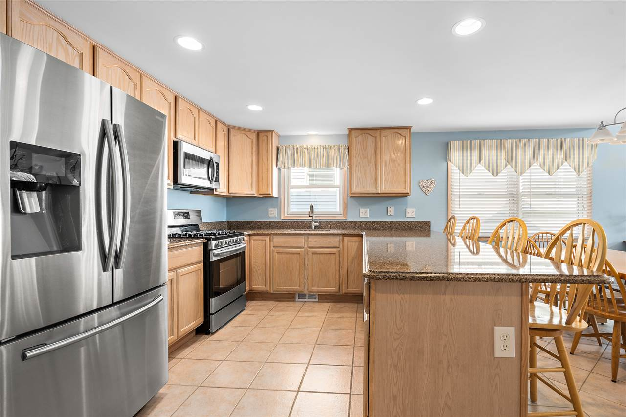 134 58th Street West Unit - Picture 9