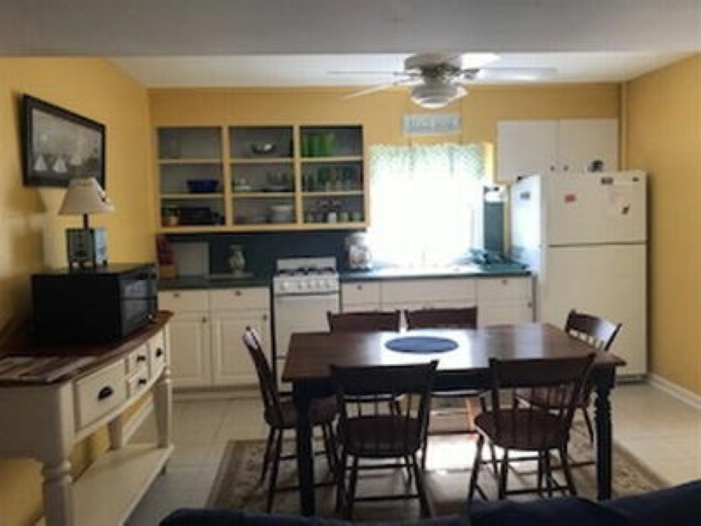 365 92nd Street - Picture 3