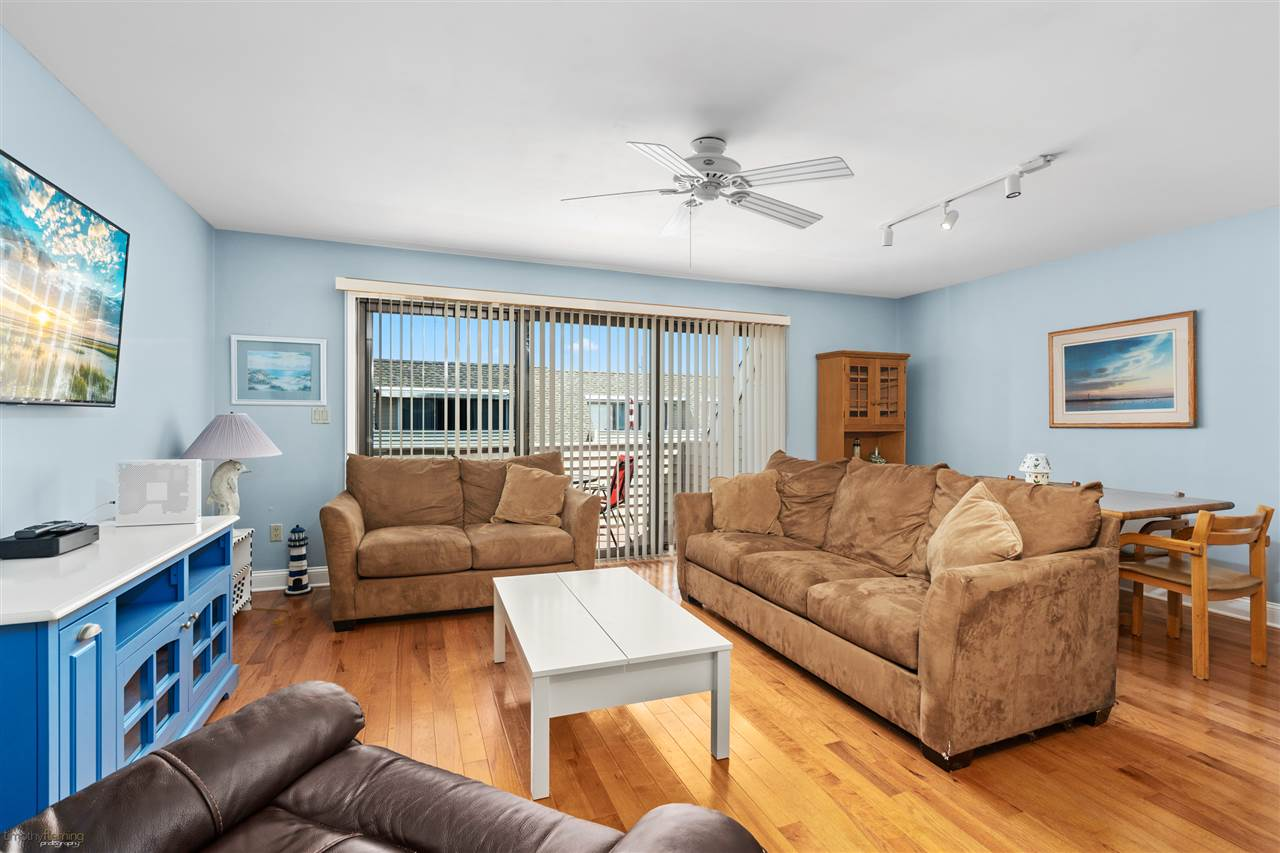 301 80th Street - Picture 2