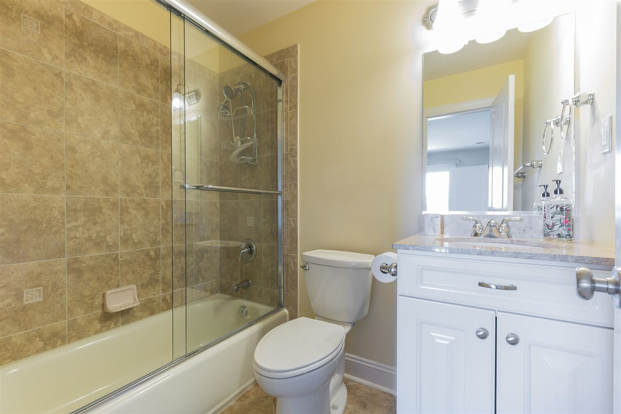 102 70th Street - Picture 18