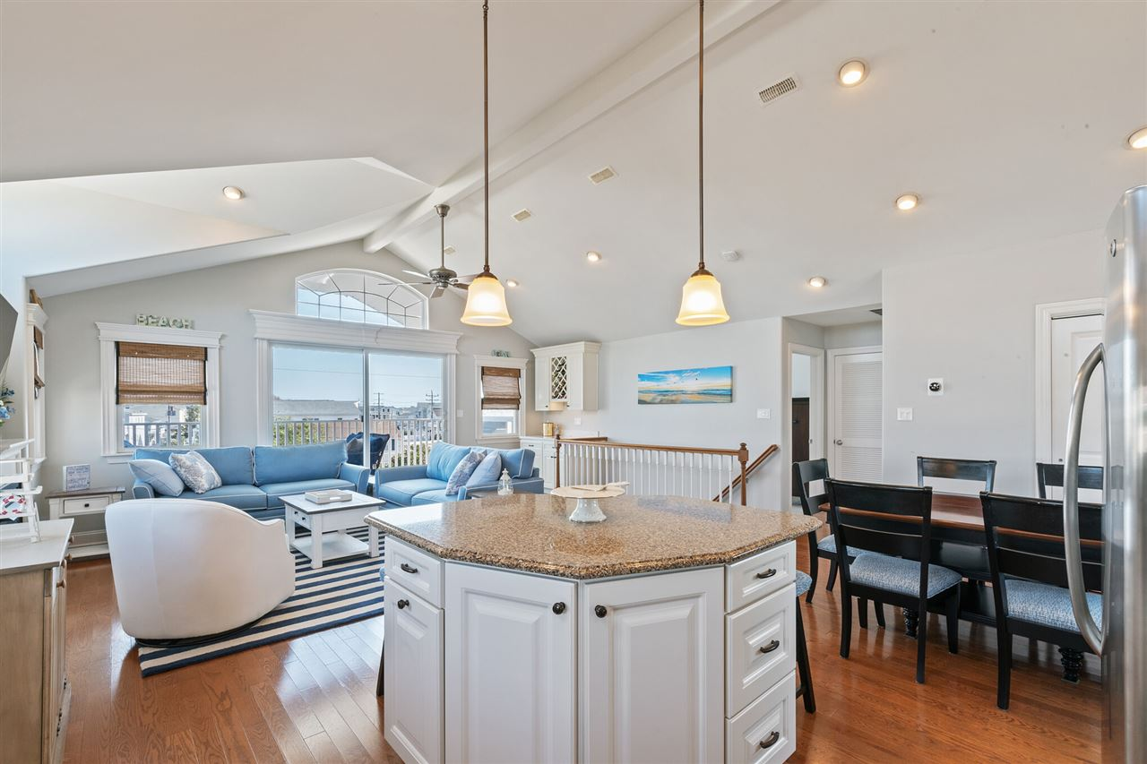 102 70th Street - Picture 10