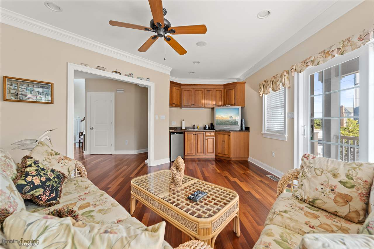5189 Ocean Drive - Picture 15