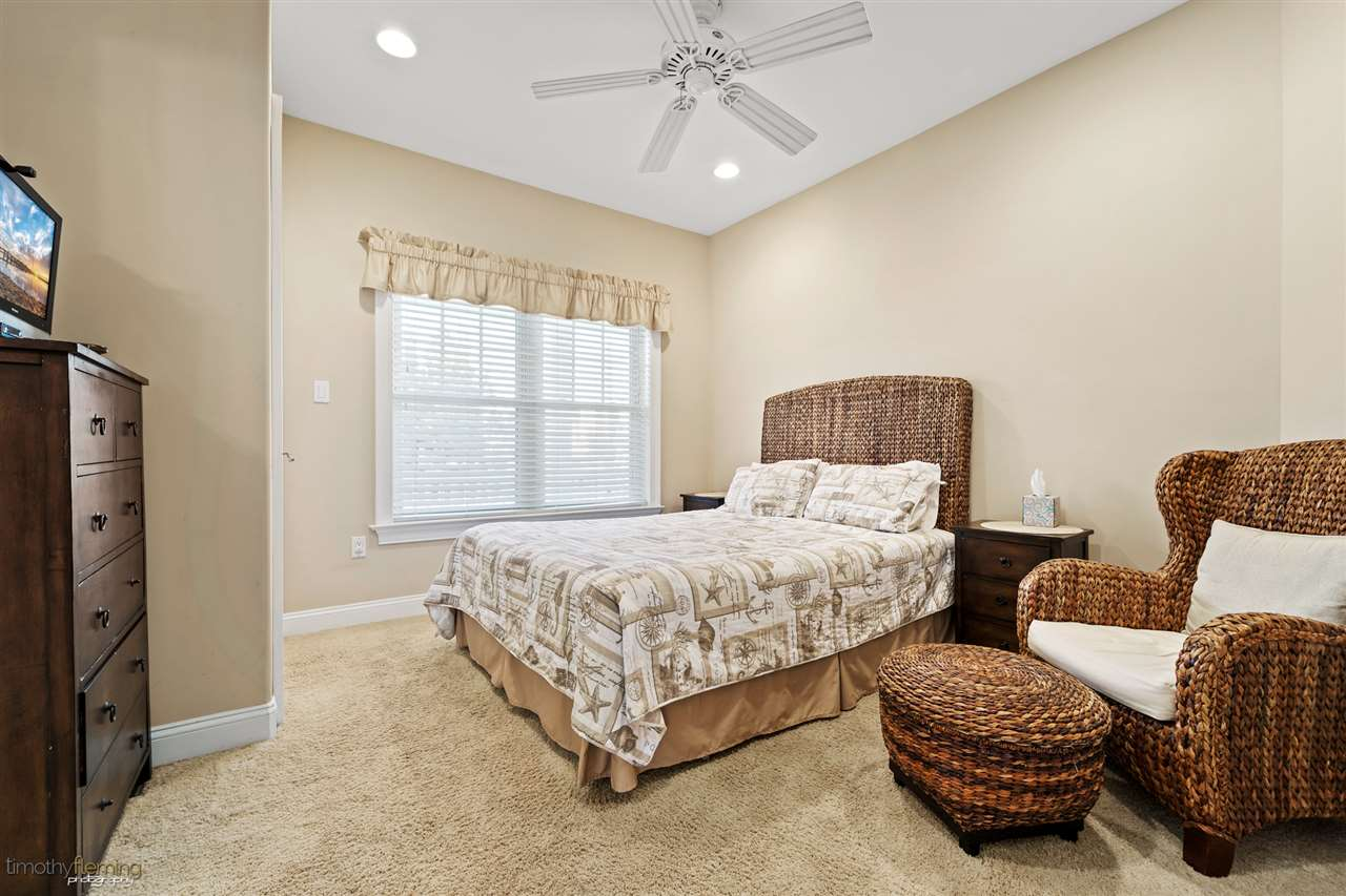 5189 Ocean Drive - Picture 18