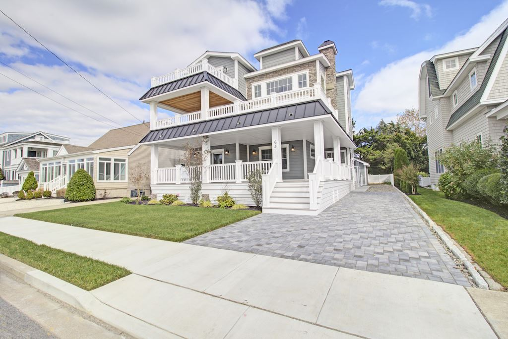 65 W 11th Street - Picture 1