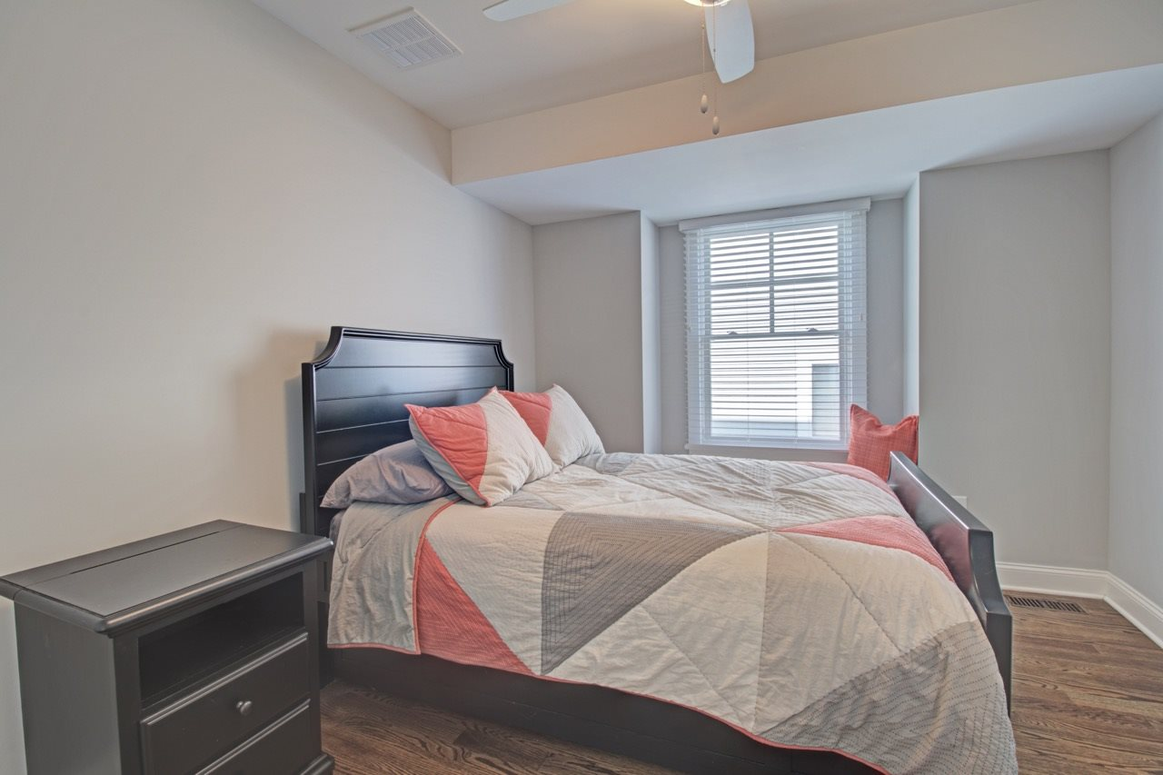 295 67th Street - Picture 4