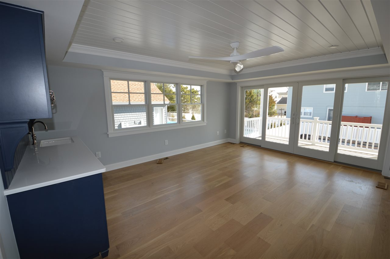 291 44th Street - Picture 5