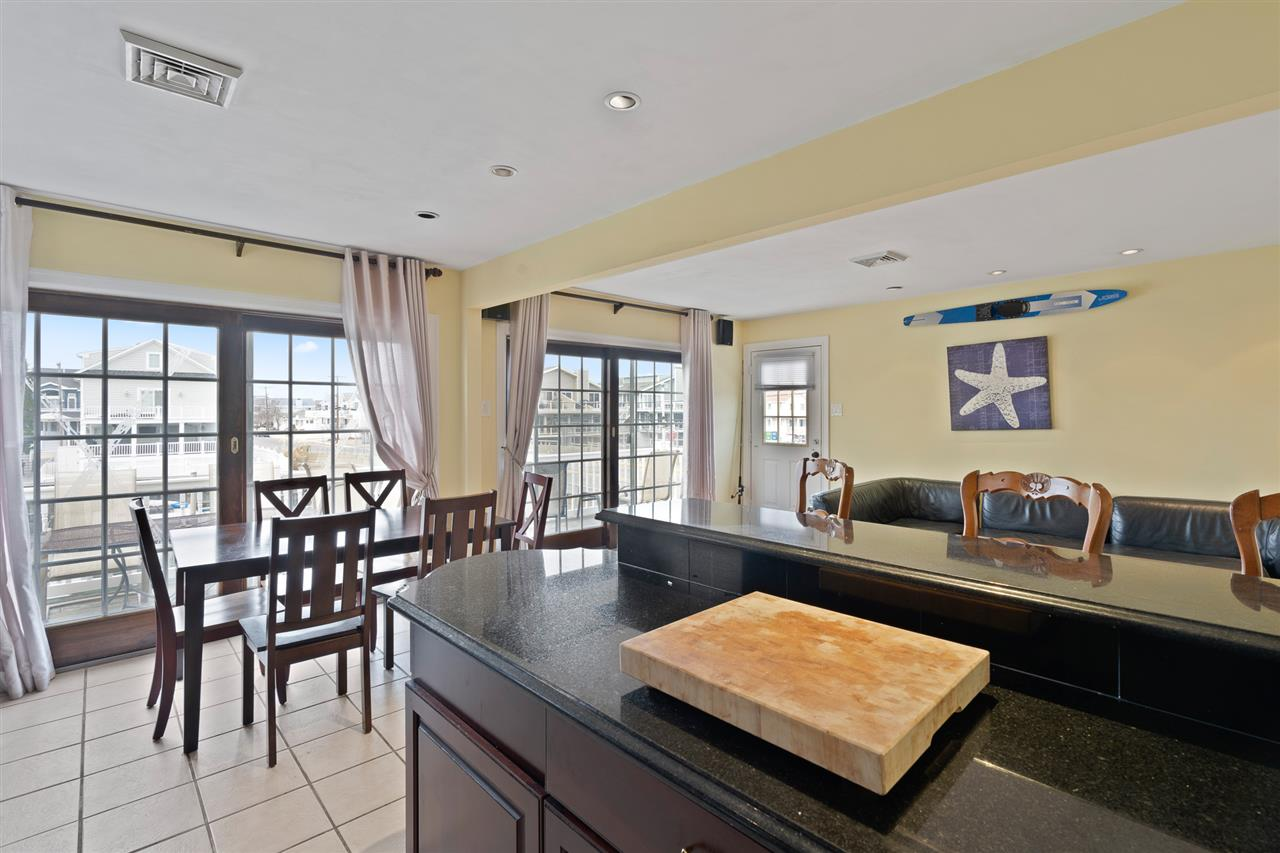 2110 Ocean Drive - Picture 13