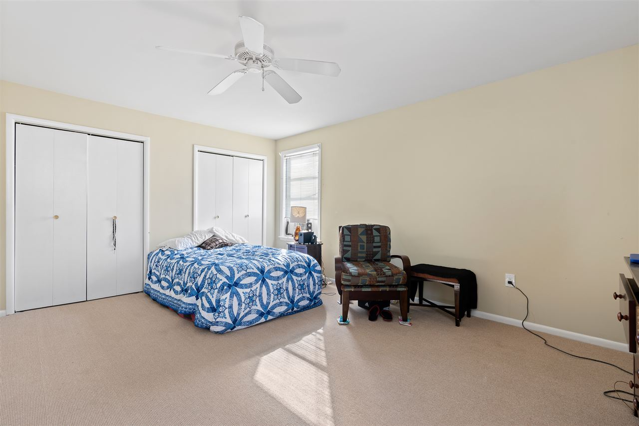 158 15th Street - Picture 14