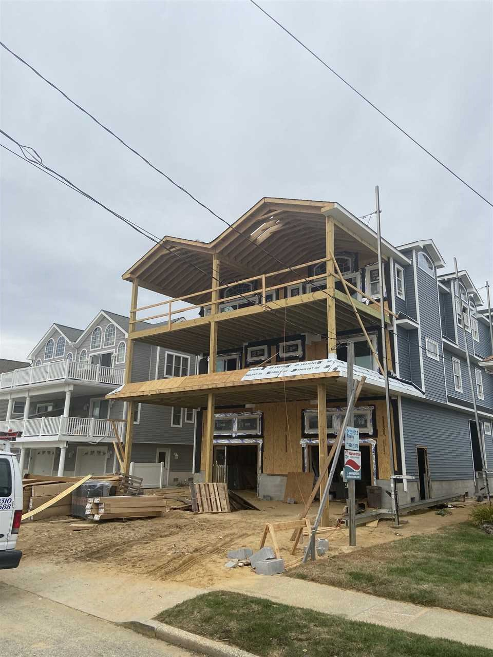 121 69th Street - Picture 1