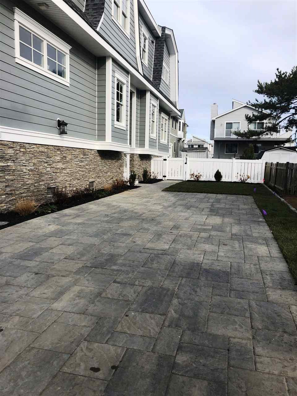 254 84th Street - Picture 4