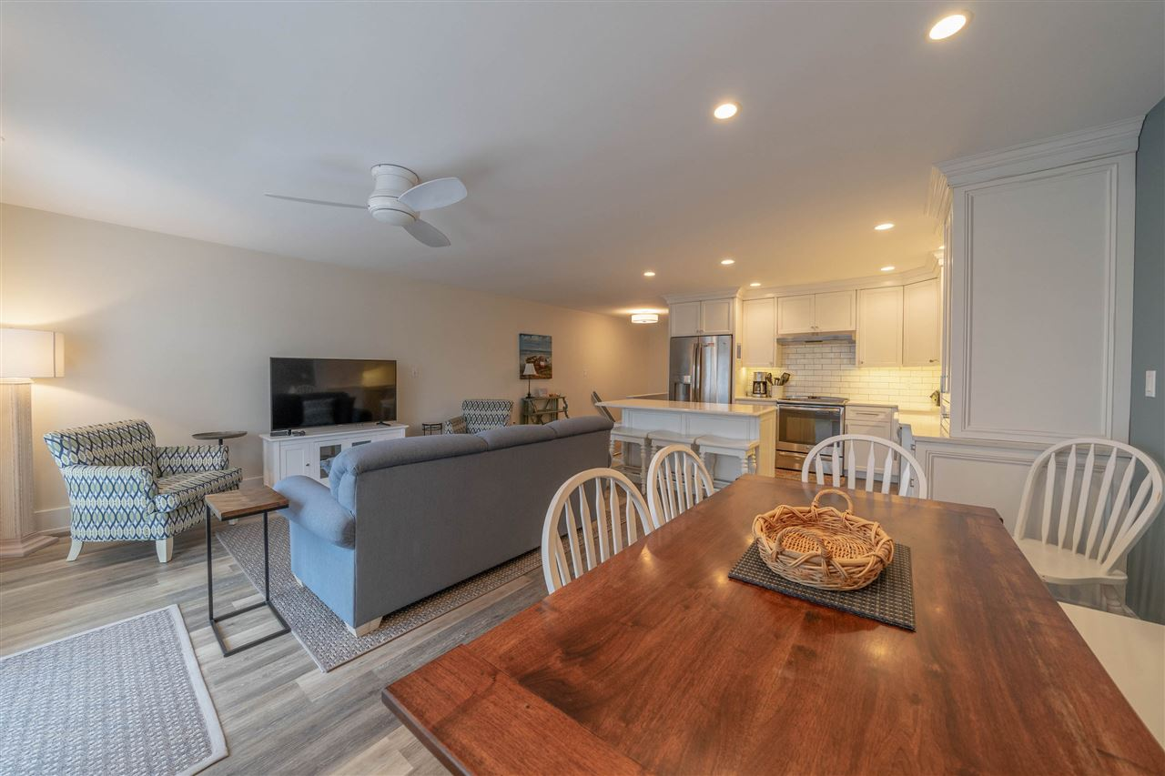 300 79th Street - Picture 16