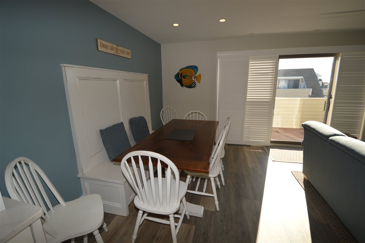 300 79th Street - Picture 17