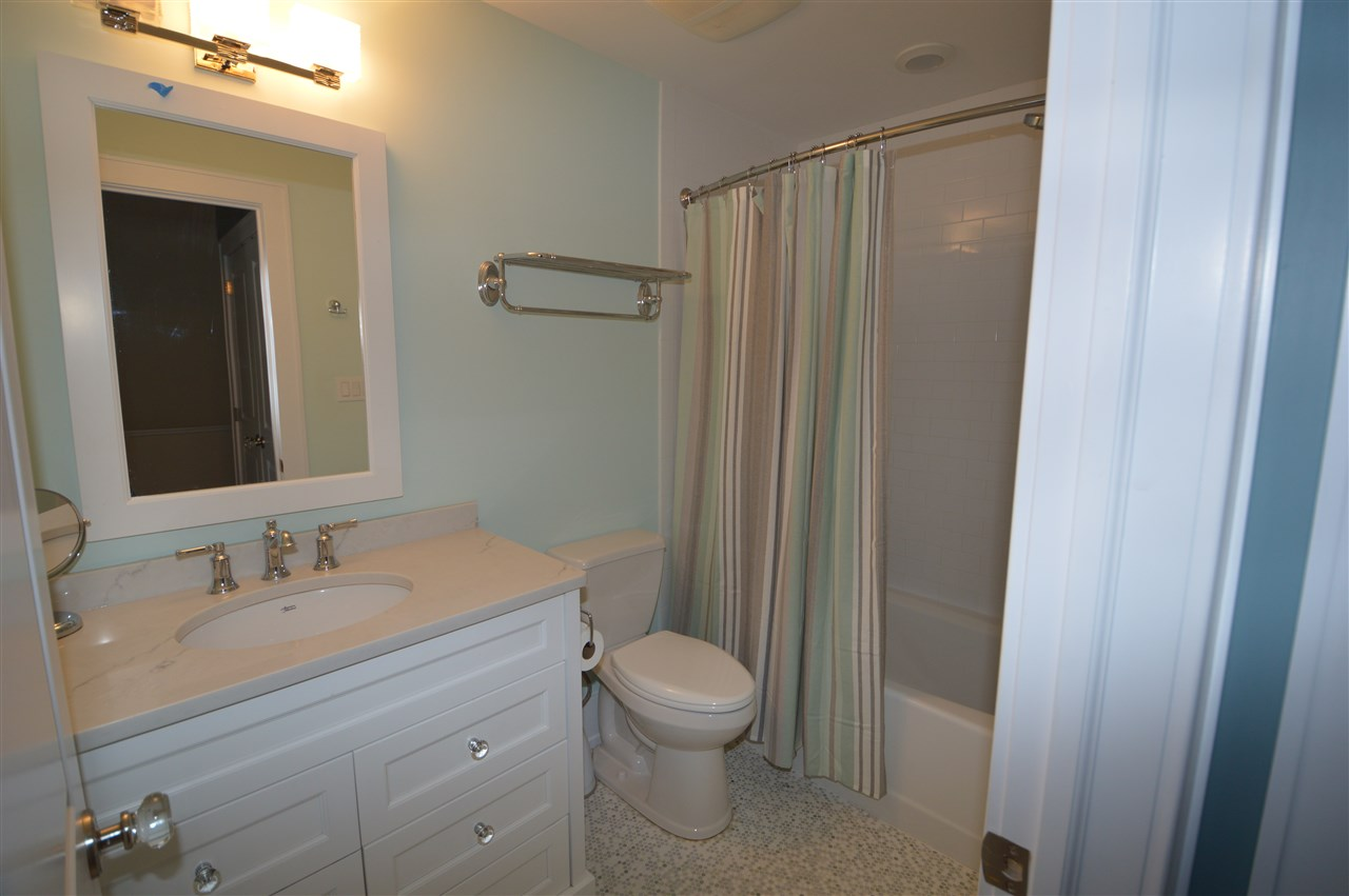 300 79th Street - Picture 20