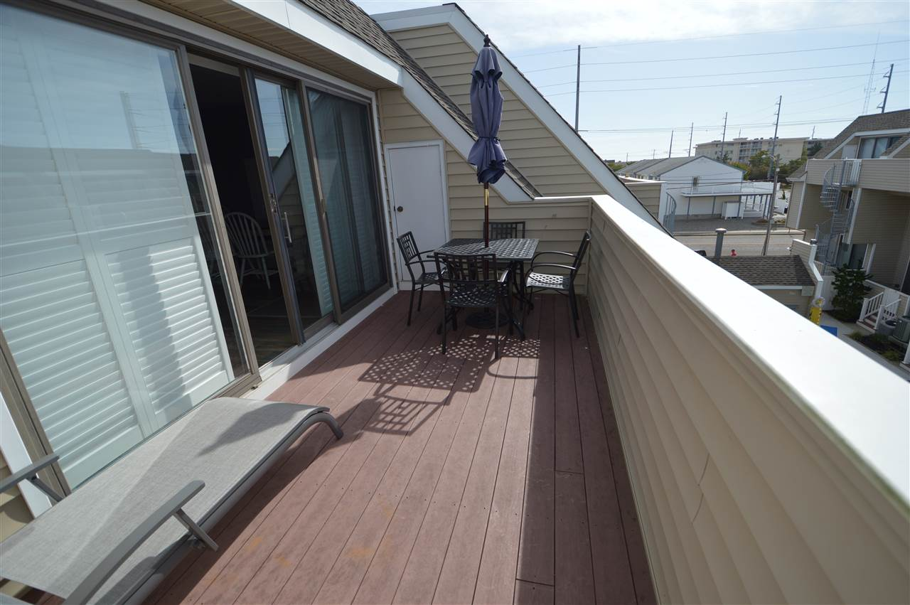 300 79th Street - Picture 22