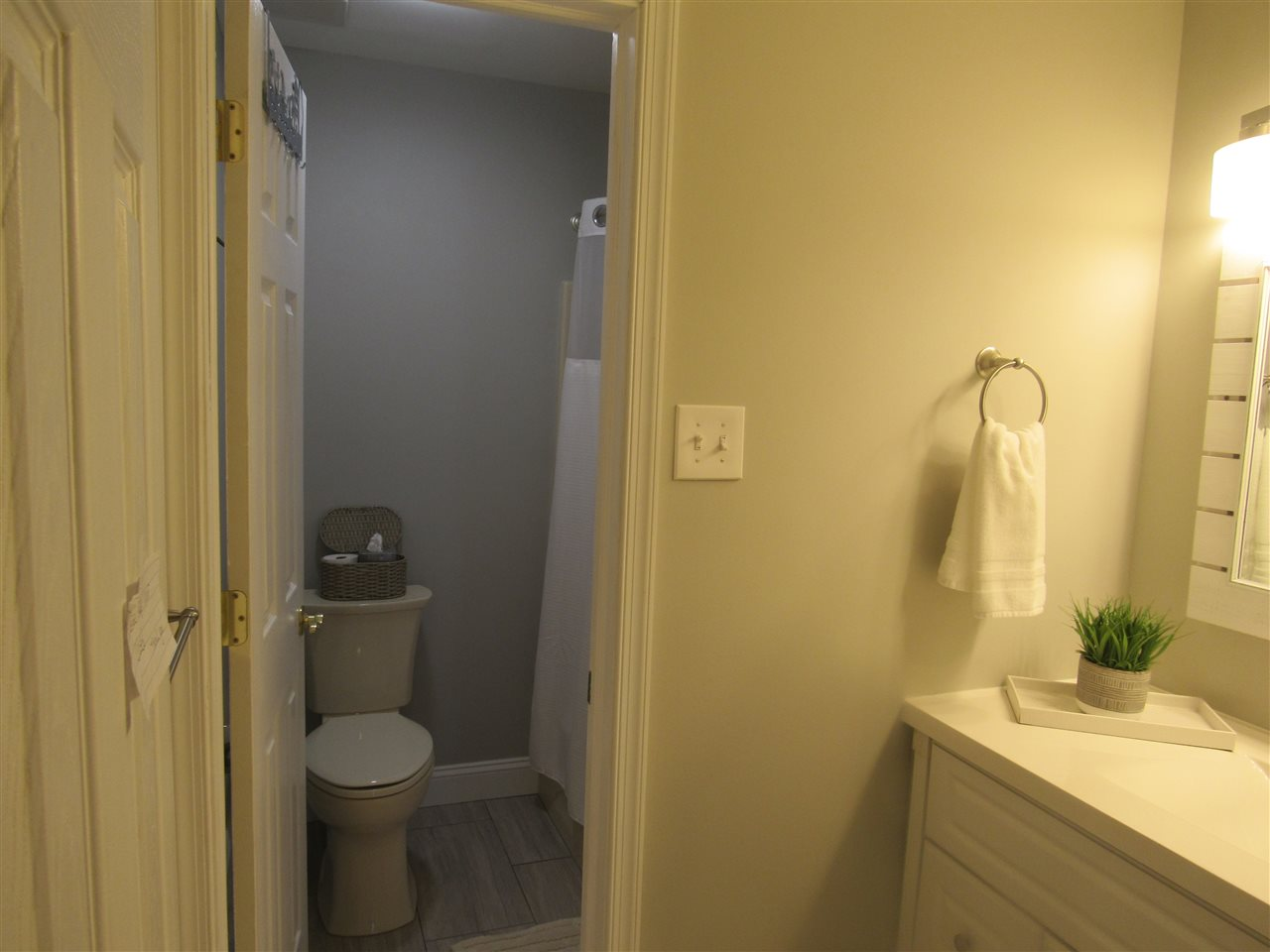 115 67th Street West  - Picture 20