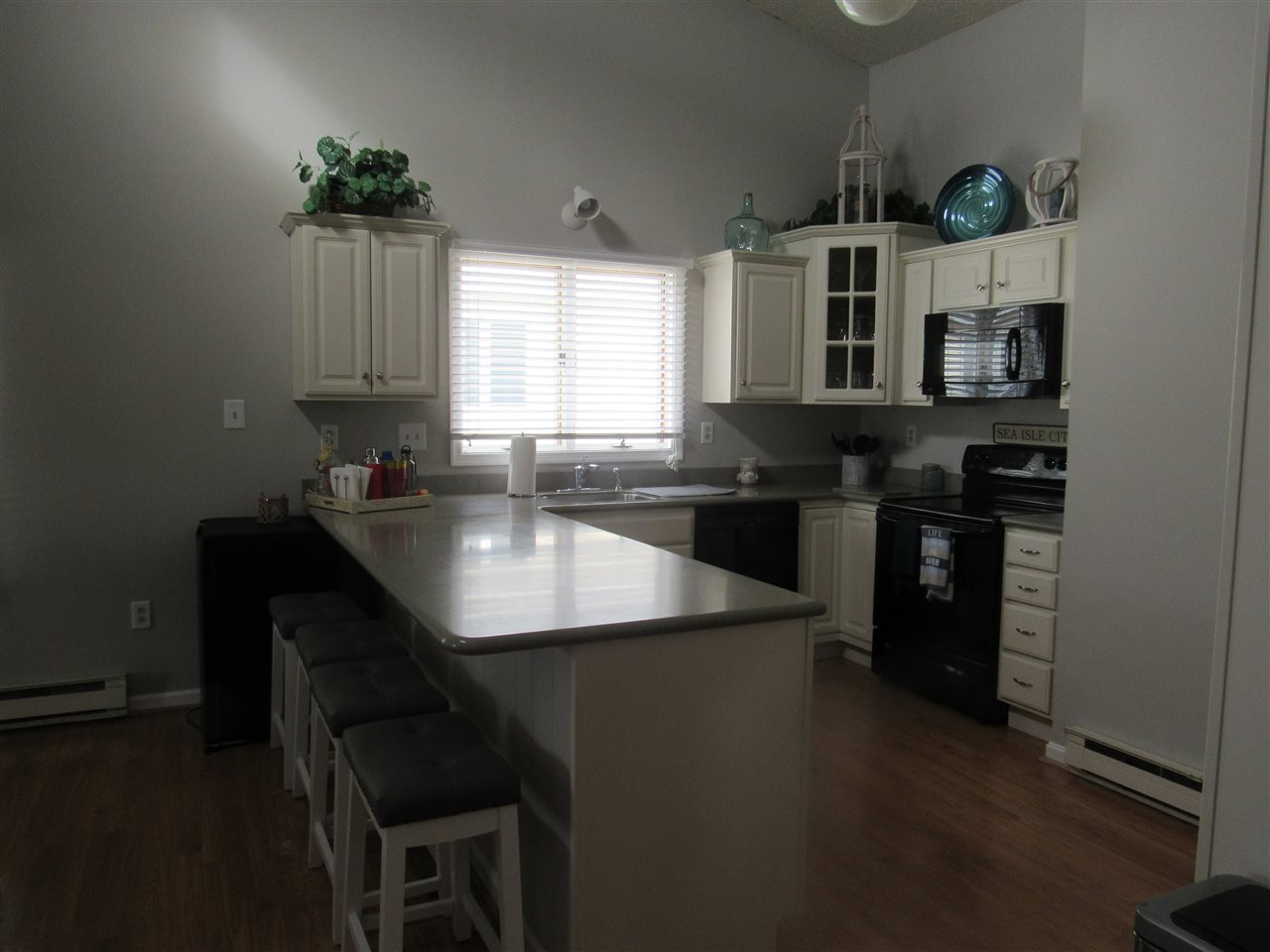 115 67th Street West  - Picture 6