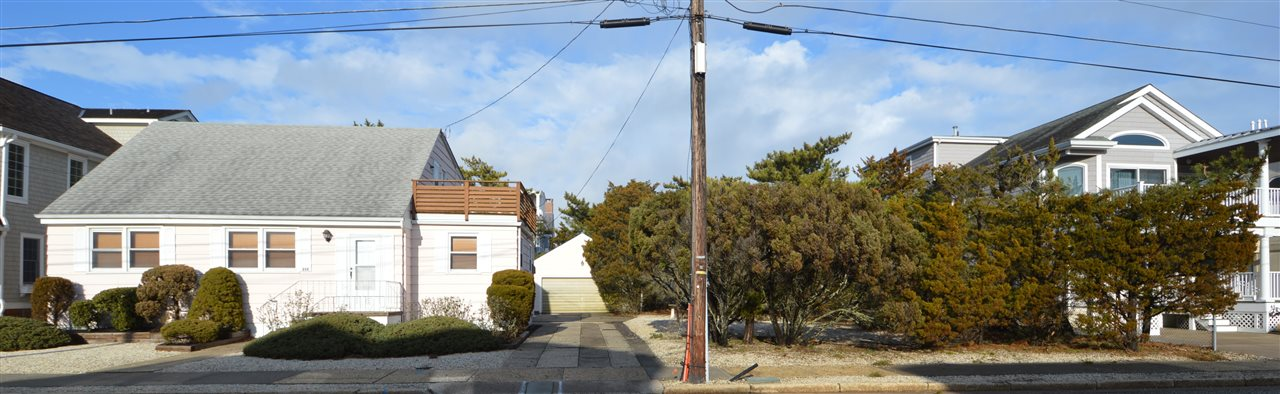 25 and 35 11th Street, Avalon, NJ 08202