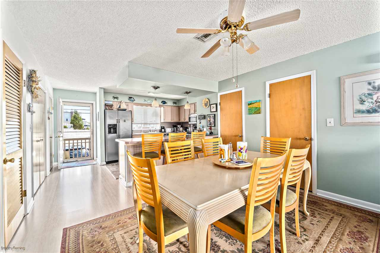 1574 Ocean Drive - Picture 6