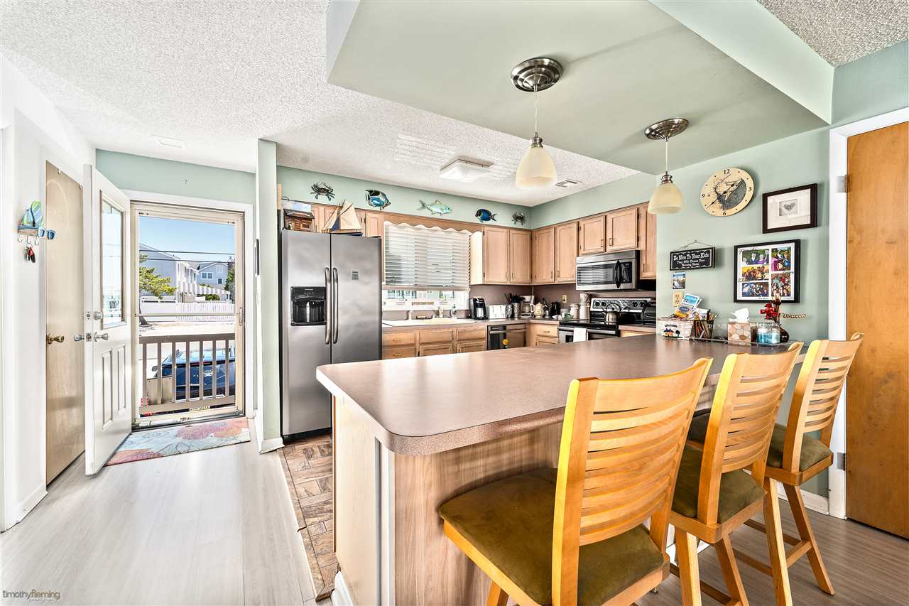 1574 Ocean Drive - Picture 7