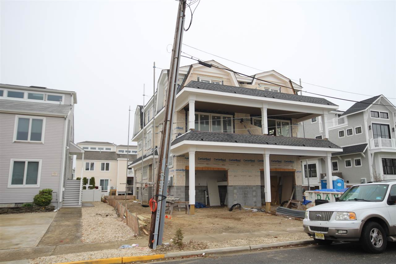289 65th Street - Picture 1