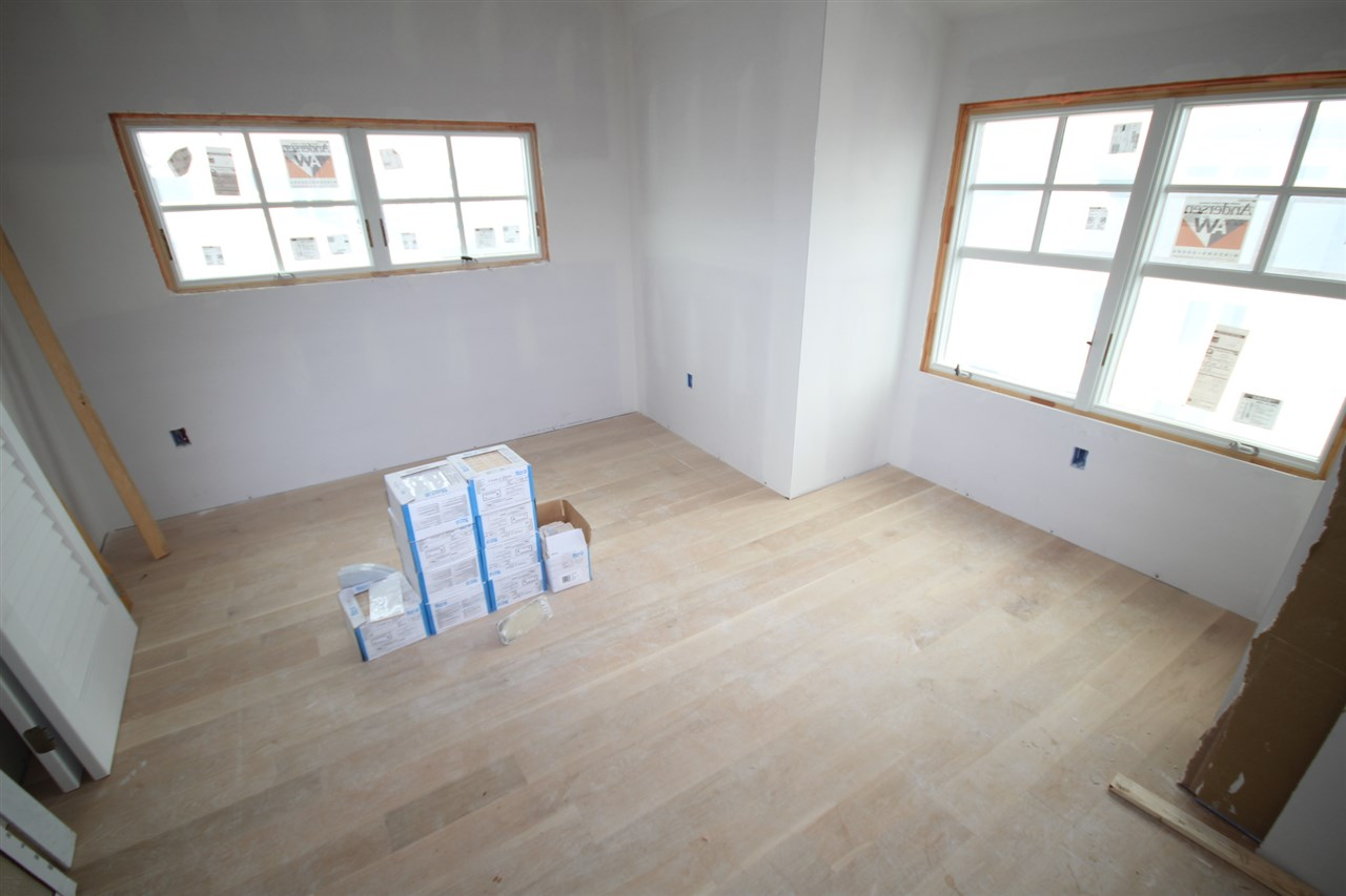 289 65th Street - Picture 4