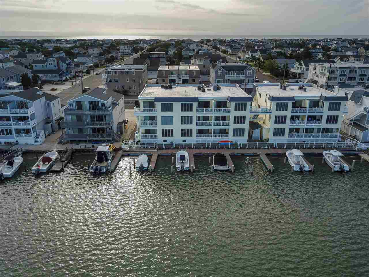 1668 Ocean Drive - Picture 21
