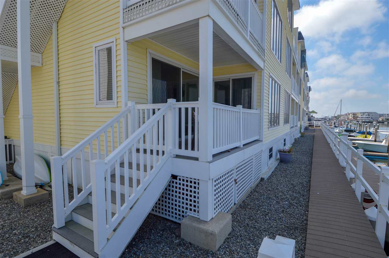 1668 Ocean Drive - Picture 25