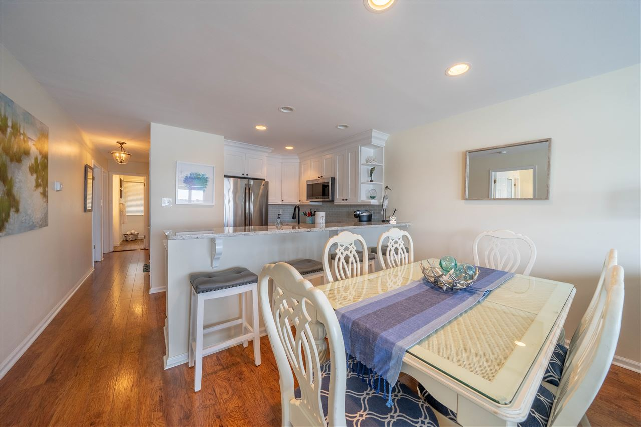 1668 Ocean Drive - Picture 6