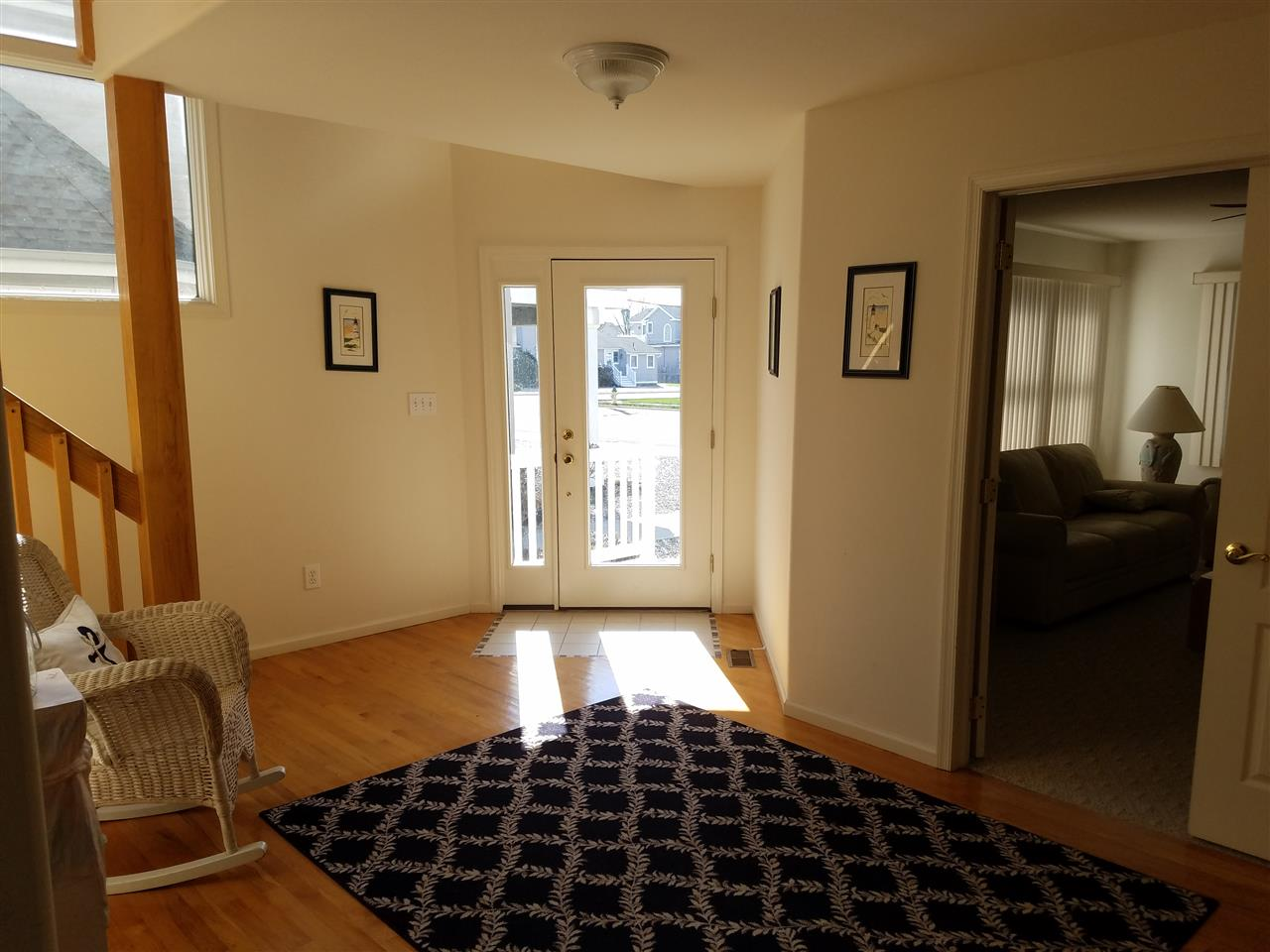 2749 First Avenue - Picture 3