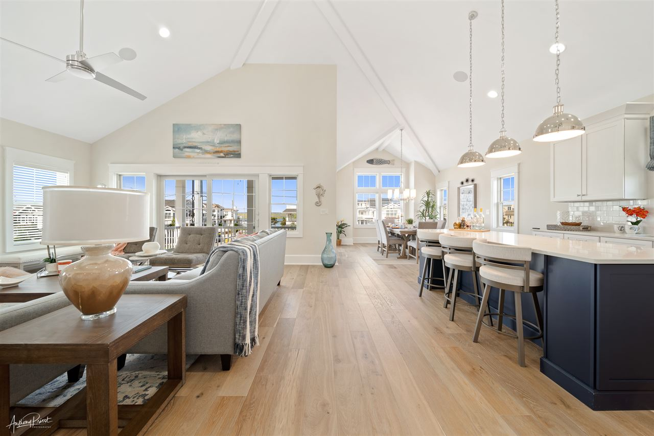 295 60th Street - Picture 10