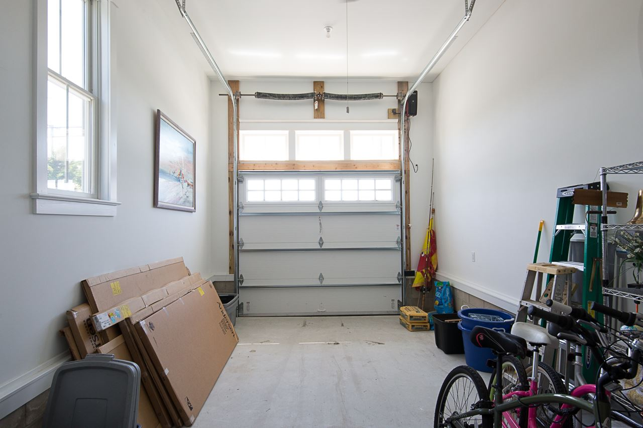 11219 Third Avenue - Picture 23