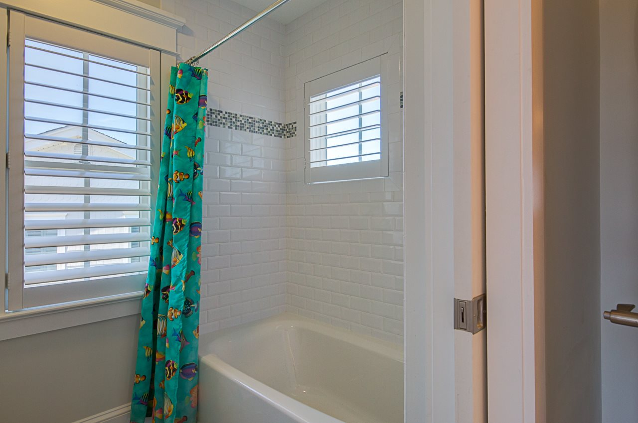 11219 Third Avenue - Picture 25