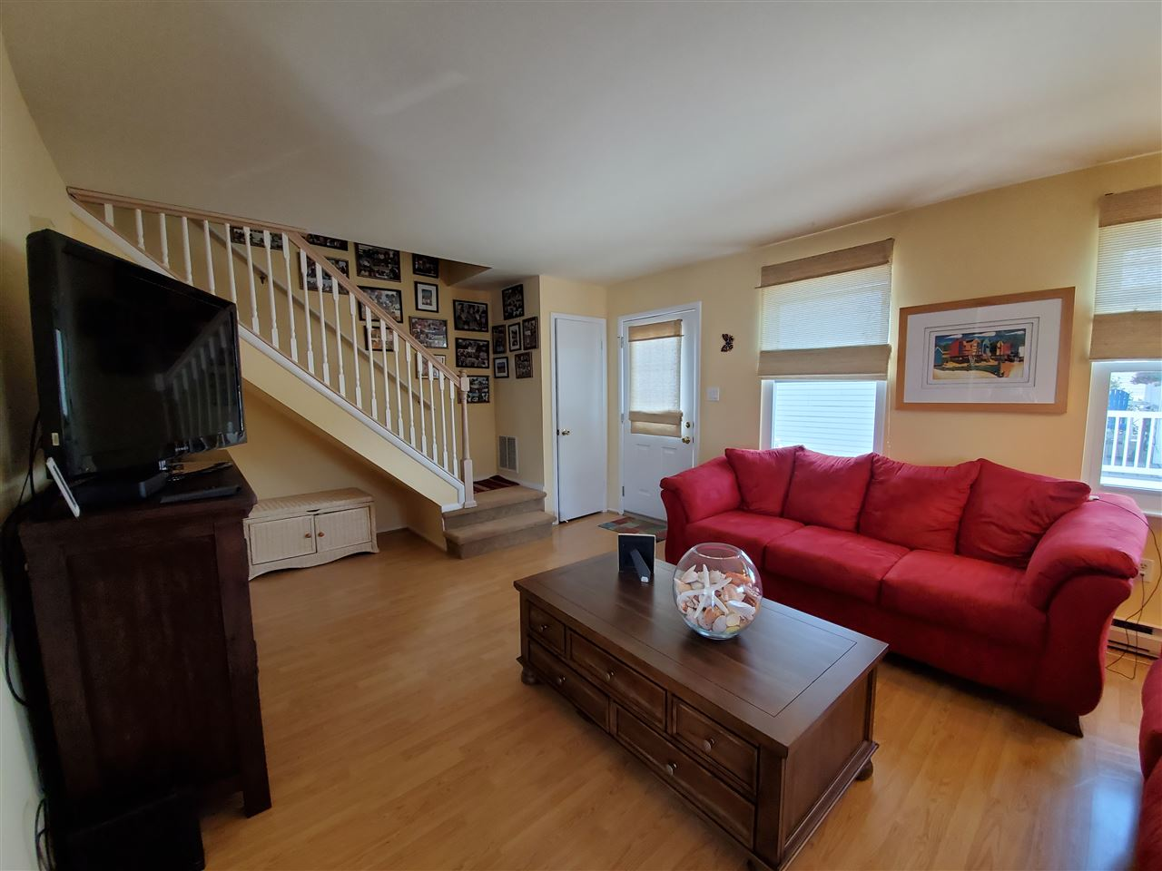 576 21st Street - Picture 3