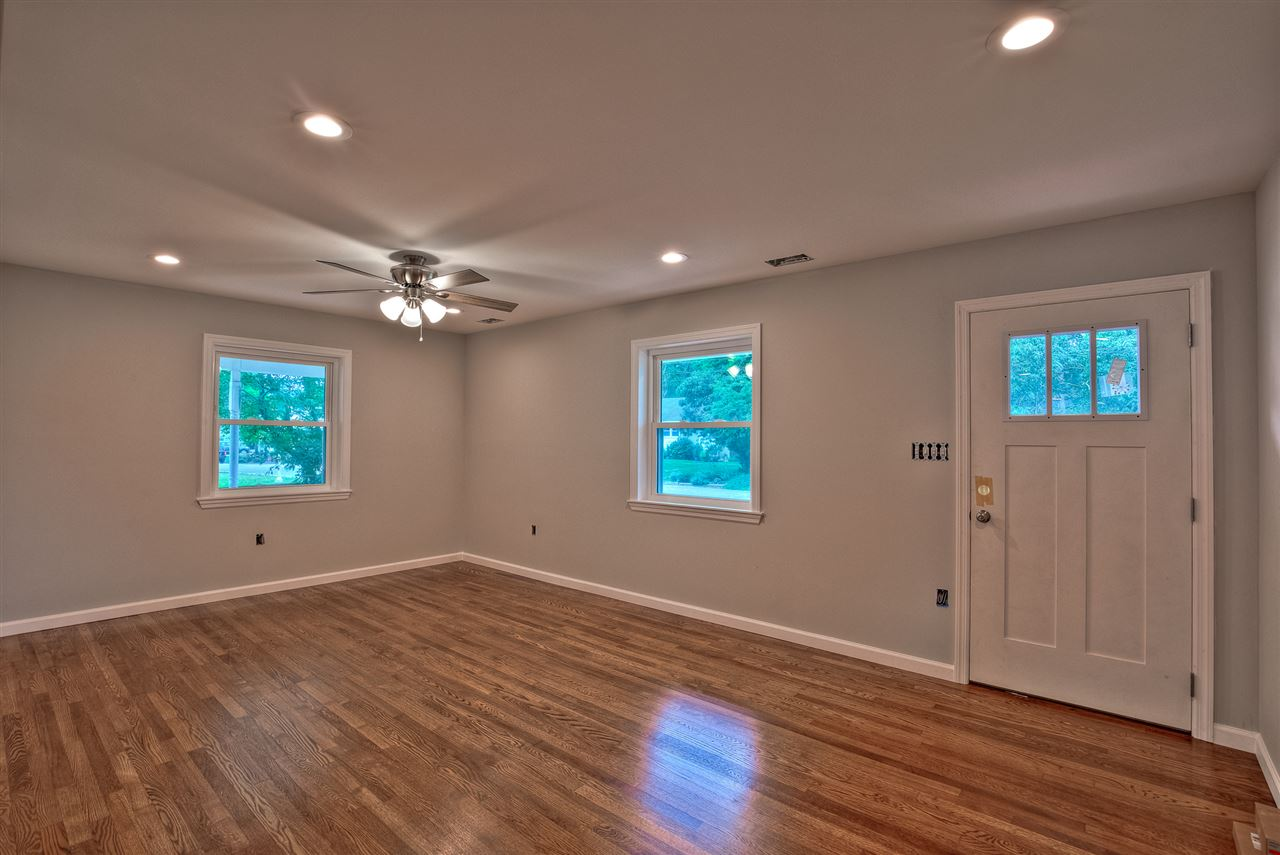 702 Bennett Road  - Picture 3