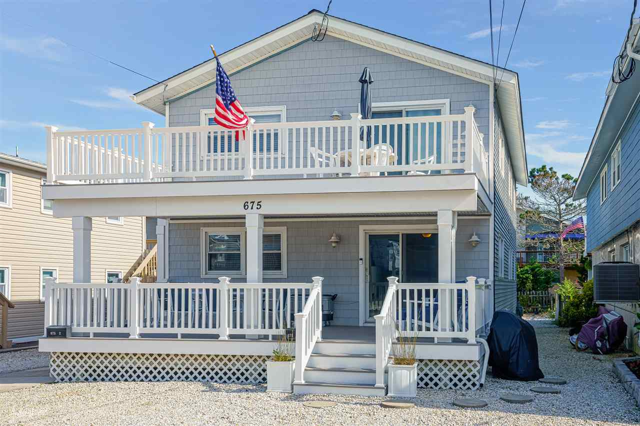675 21st Street - Picture 1