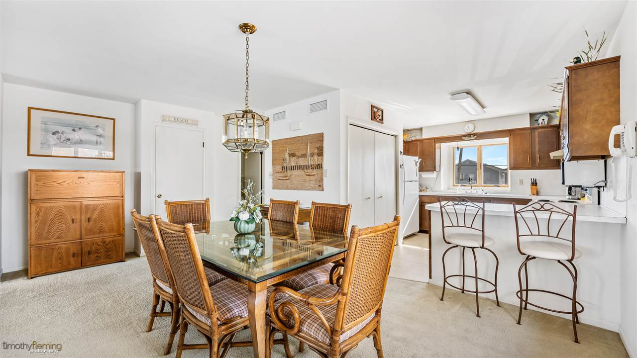 1226 Ocean Drive - Picture 4