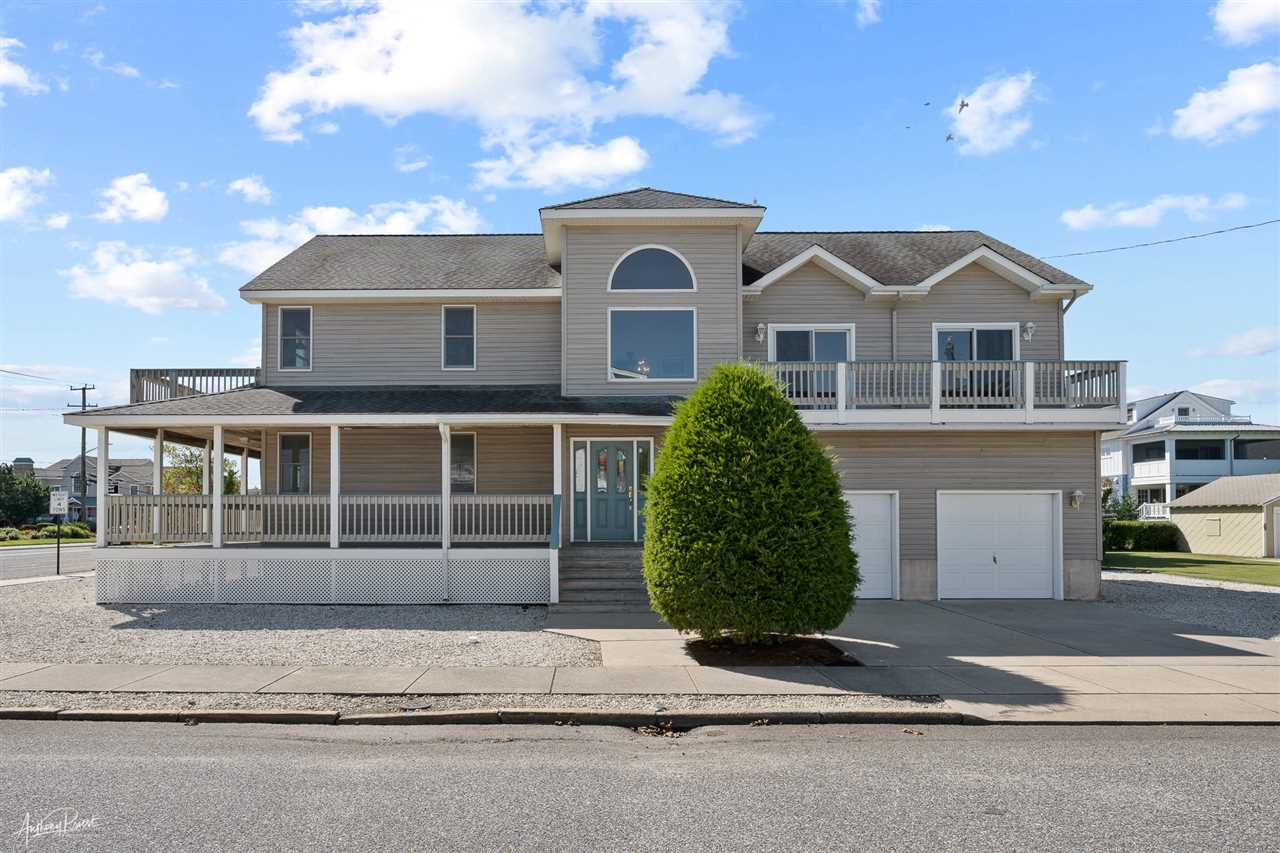 3618 Dune Drive - Picture 1
