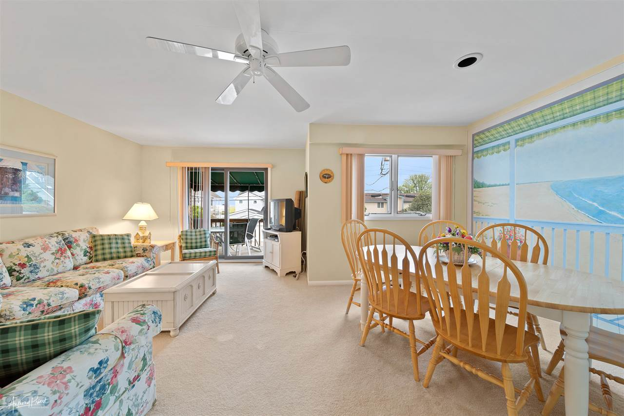 6498 Ocean Drive - Picture 4