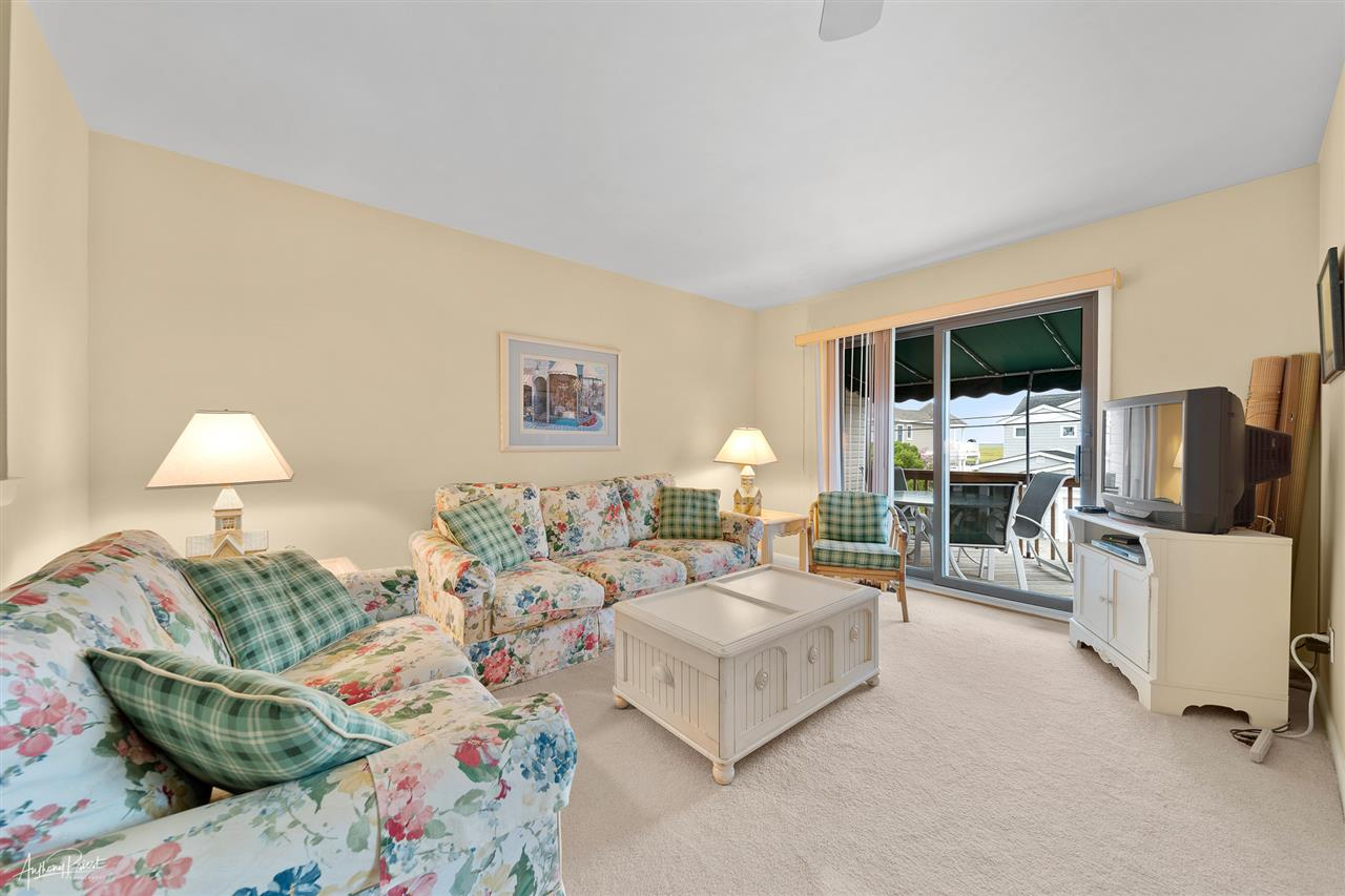 6498 Ocean Drive - Picture 5