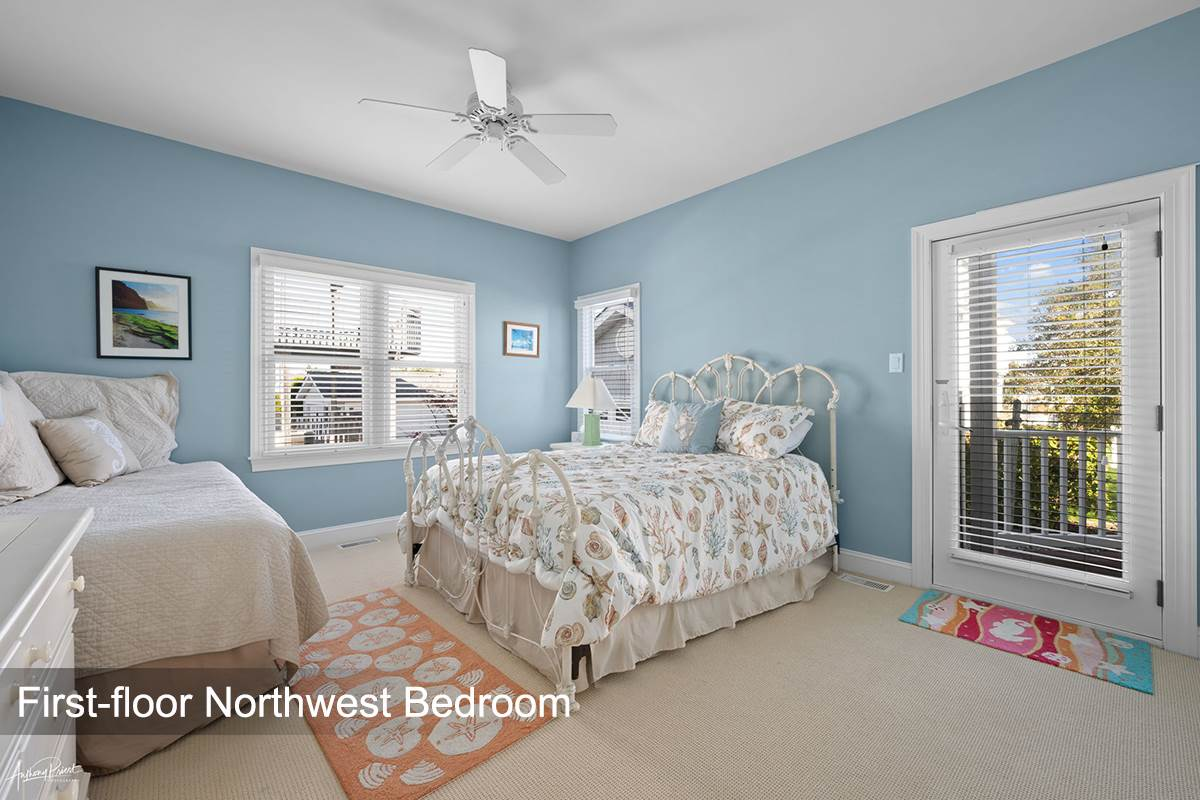 261 66th Street - Picture 11