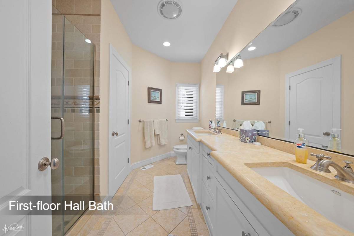 261 66th Street - Picture 13