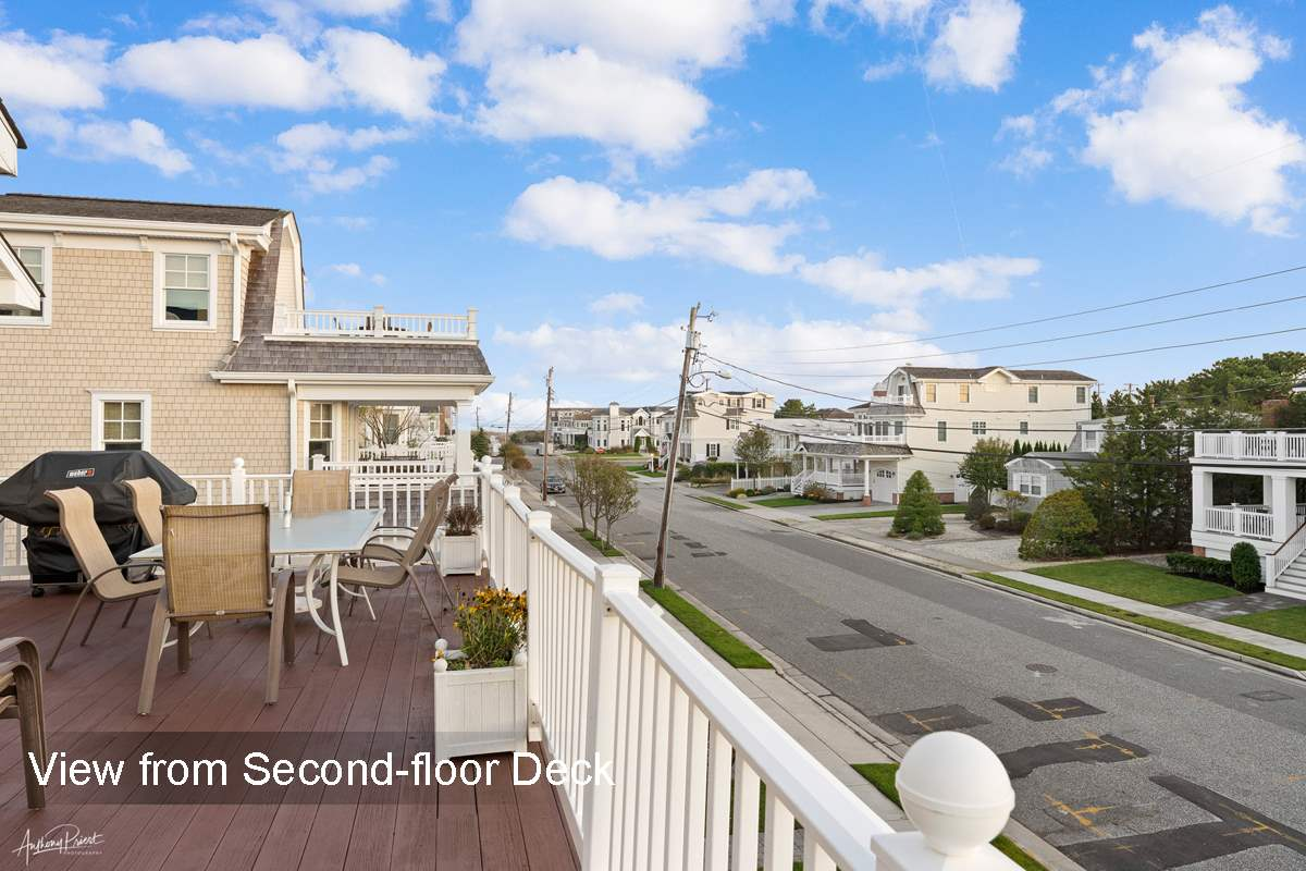 261 66th Street - Picture 18