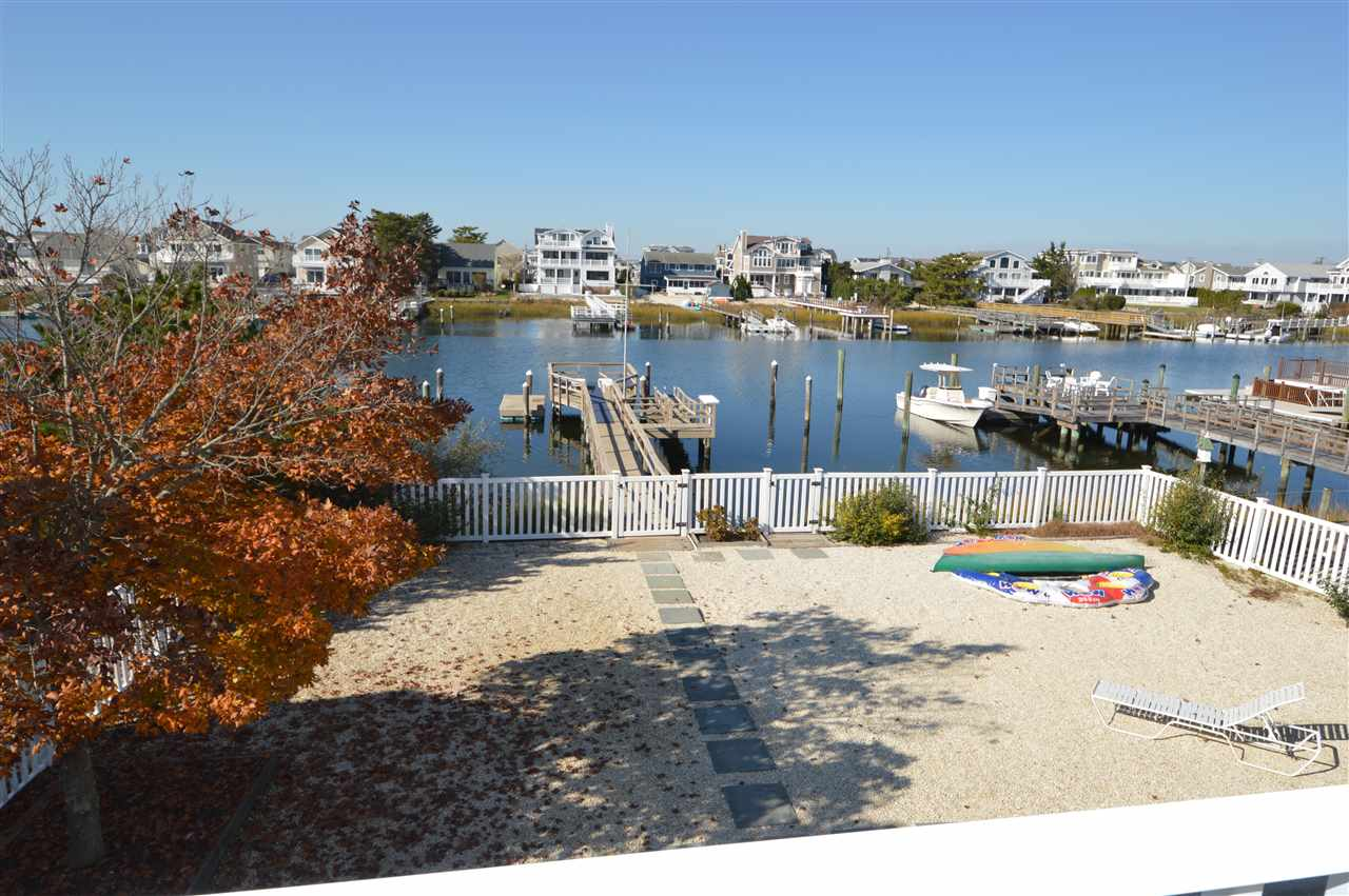 4388 Ocean Drive - Picture 3