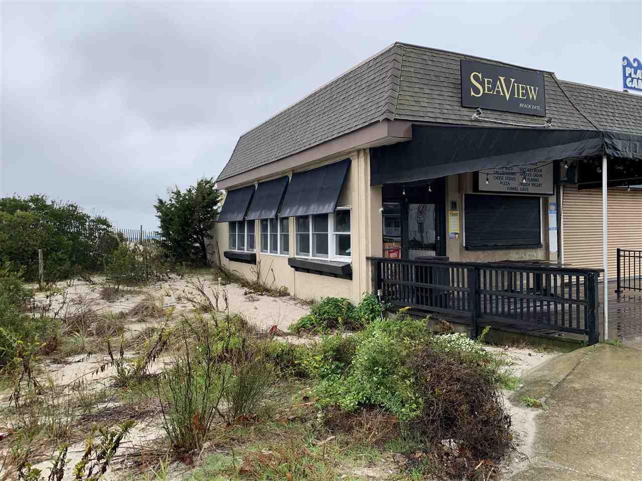 732 Beach Avenue - Picture 1