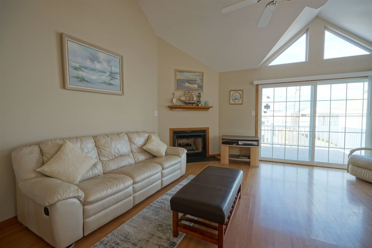 274 26th Street - Picture 2