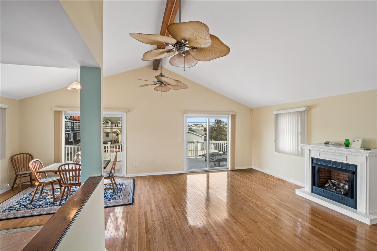 299 47th Street - Picture 2