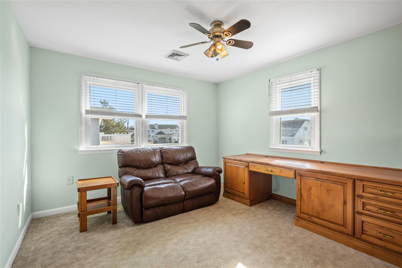 299 47th Street - Picture 17