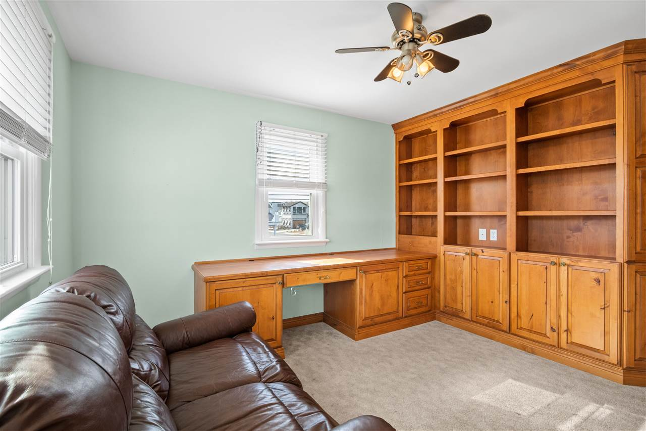 299 47th Street - Picture 19